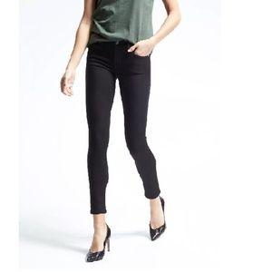 NWT Banana Rep Skinny Ankle Jeans 30P Black v57